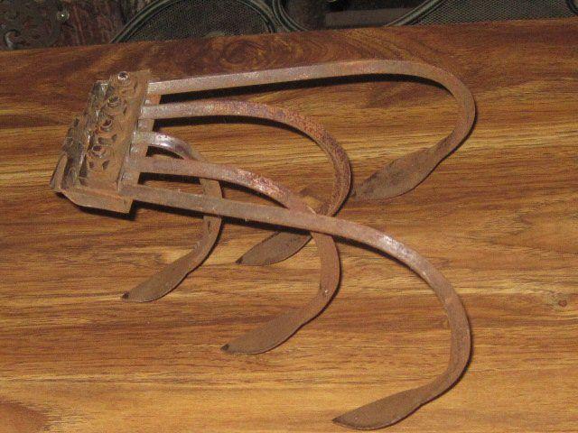 Antique Farm Tool Garden Hoe PUSH PLOW ATTACHMENT